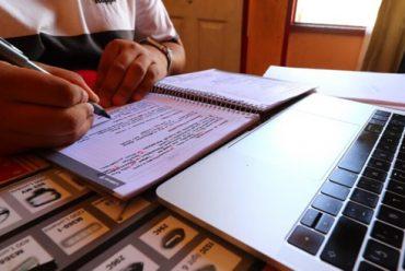 Artículo en El Dínamo destaca los logros del colegio PuenteMaipo en su trabajo de educación a distancia